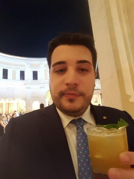 """Provando il """"Testa Dura"""", cocktail vincitore del Premio Strega Mixology 2018."""