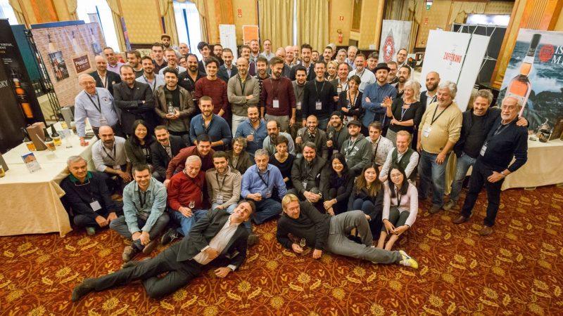 Foto di gruppo con gli espositori - ph. MWF 2017
